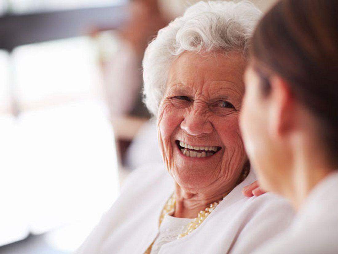 Wie eine alte Dame einer verzweifelten Mutter half.