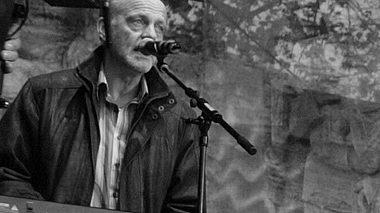 Der ehemalige Blääck Fööss-Keyboarder Willy Schnitzler ist tot. - Foto: imago images / Chai von der Laage