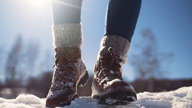 Winterstiefel im Schnee