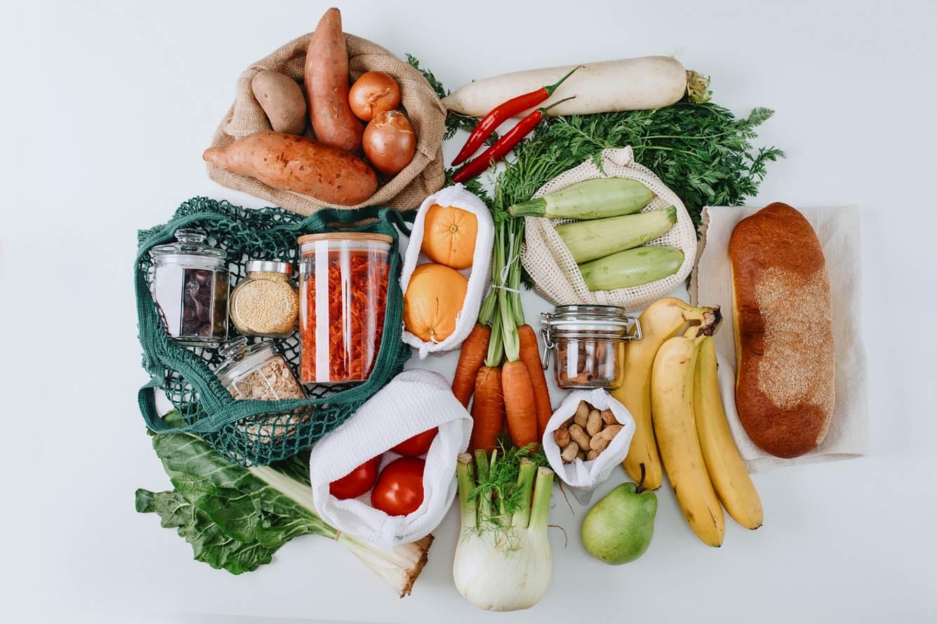 Lebensmittel in nachhaltiger Verpackung
