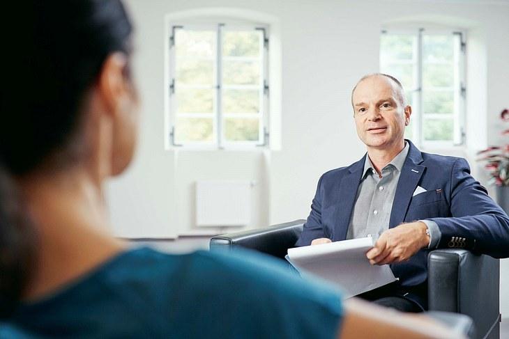 Dr. Thorsten Bracher über das Thema Zwangsstörung